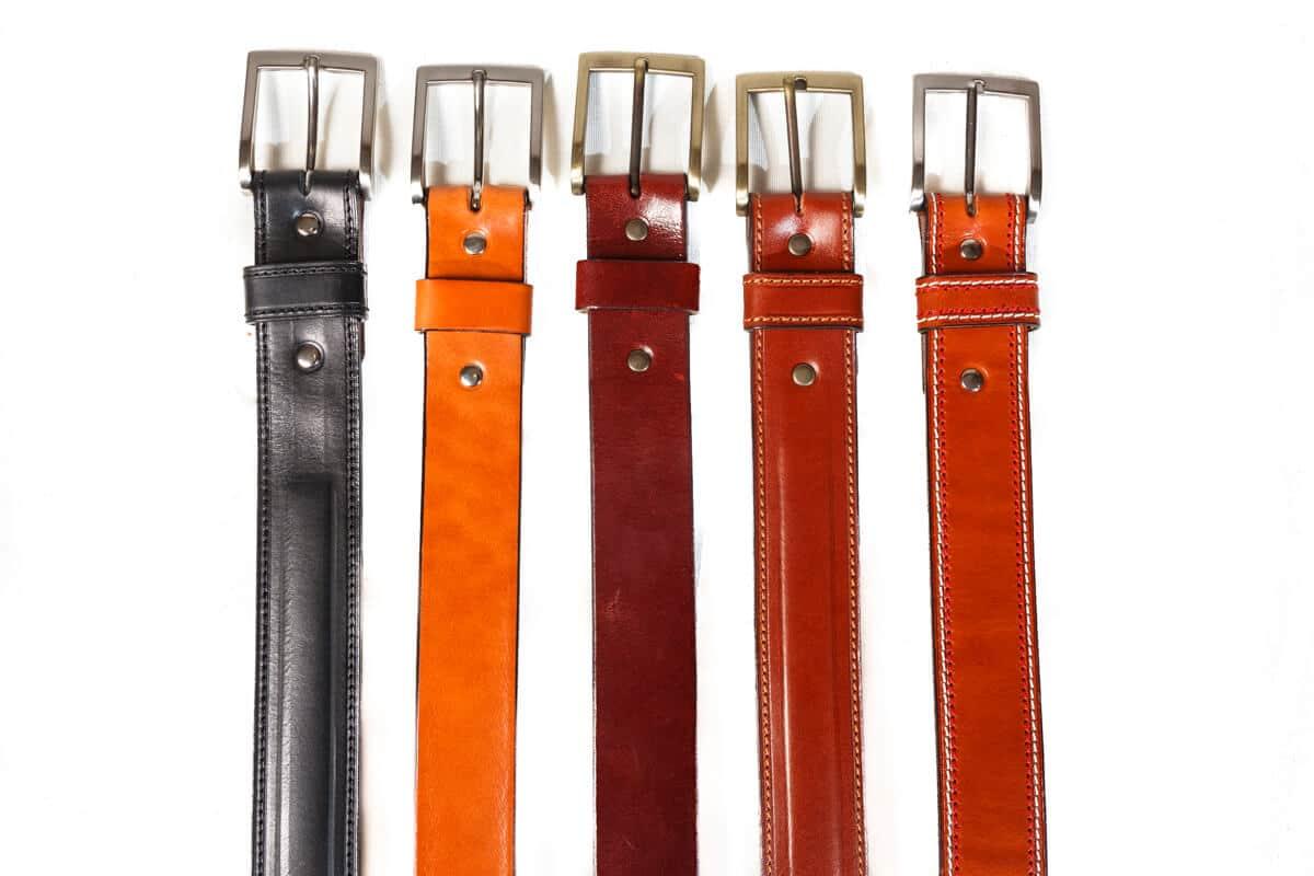 Cinturones en cuero de primera calidad